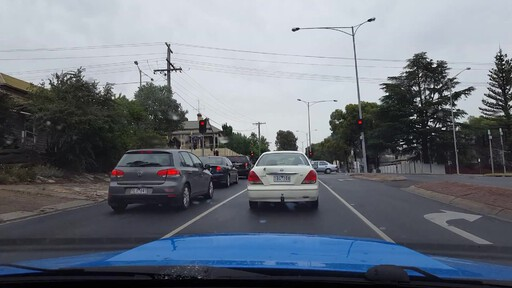 "Is that T**U**G700 or T**D**G700 in the middle? OpenALPR can't decide. Both are valid plate numbers. ""YLJ641"" next to it apparently isn't in the VicRoads database."